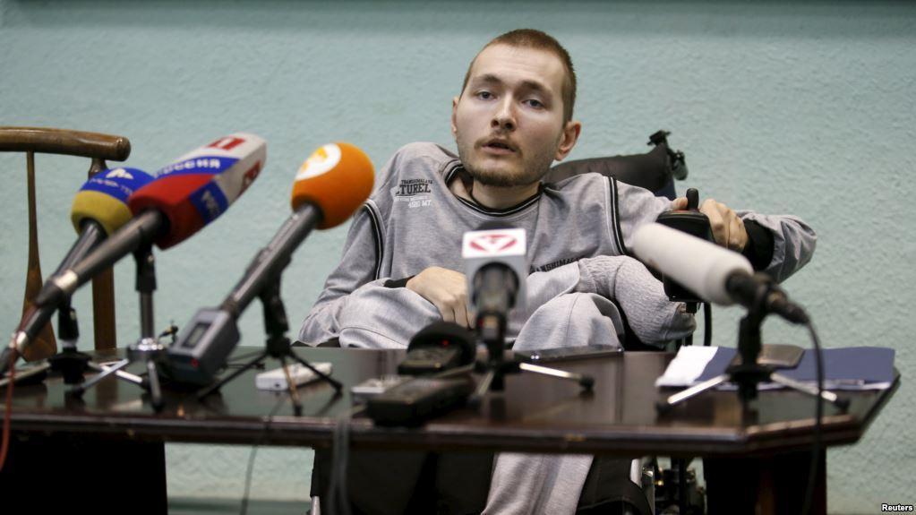 Россиянину вместо пересадки головы имплантируют стальной стержень