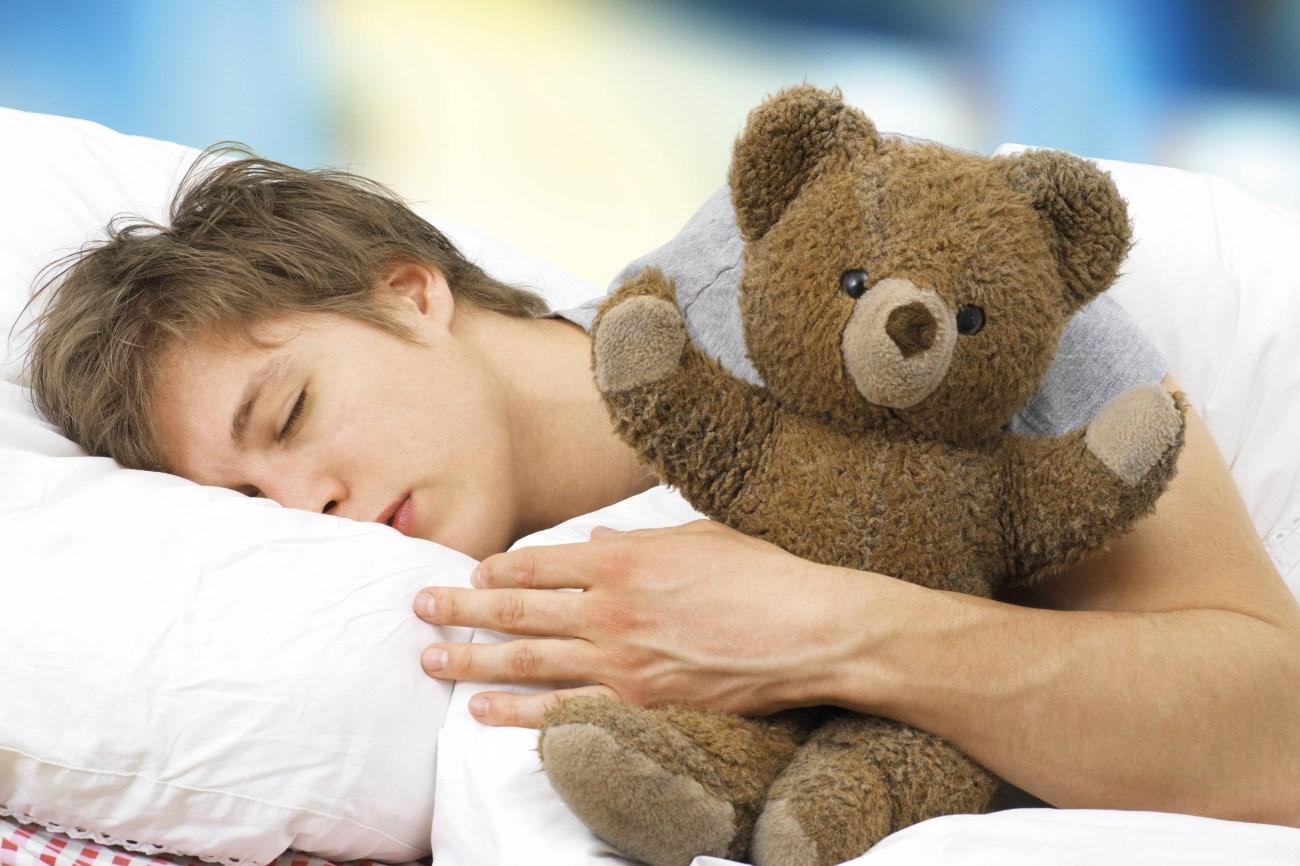 сон более девяти часов может быть ранним признаком слабоумия