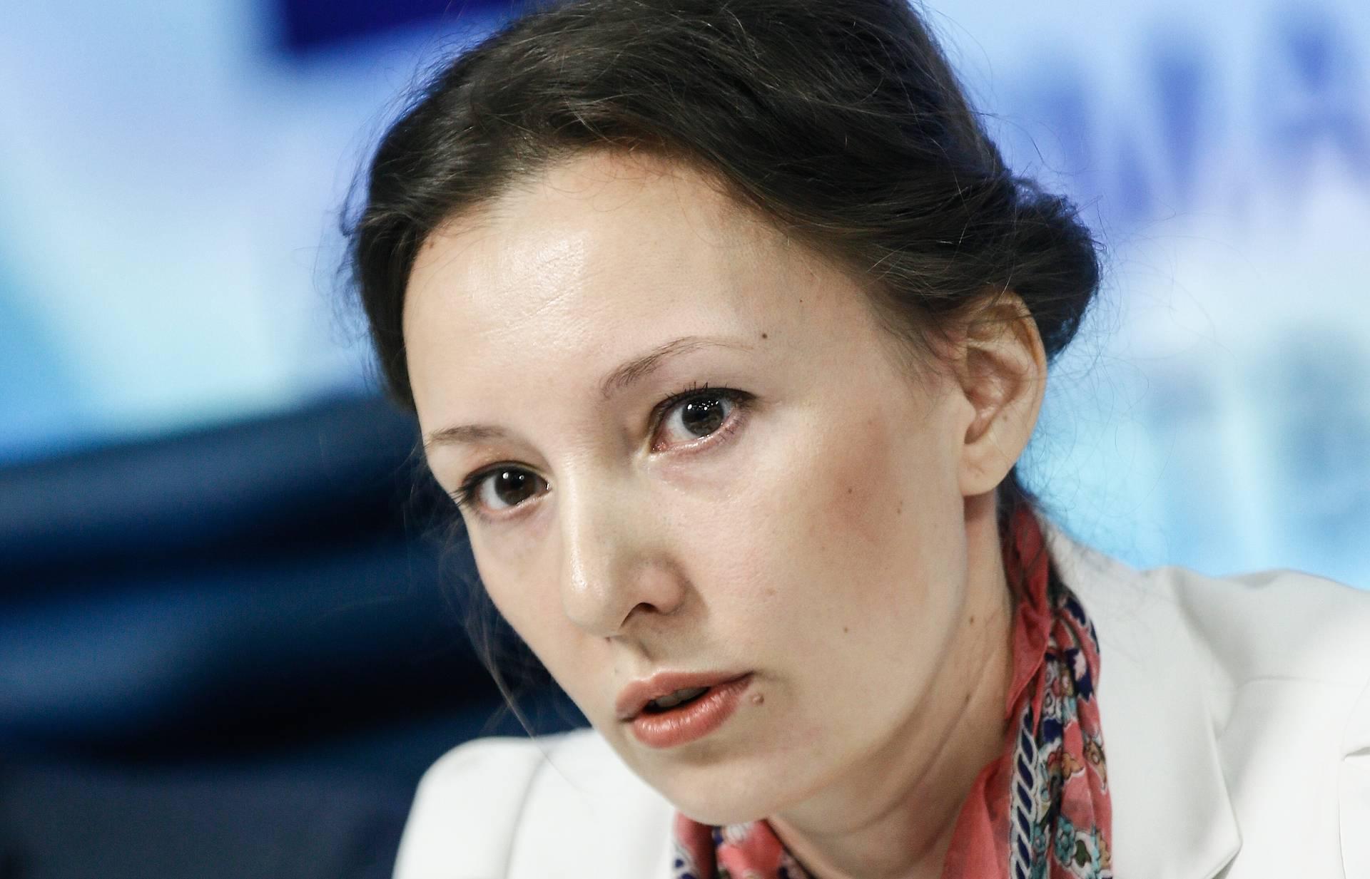Россияне стали чаще обращаться к уполномоченному по правам ребенка