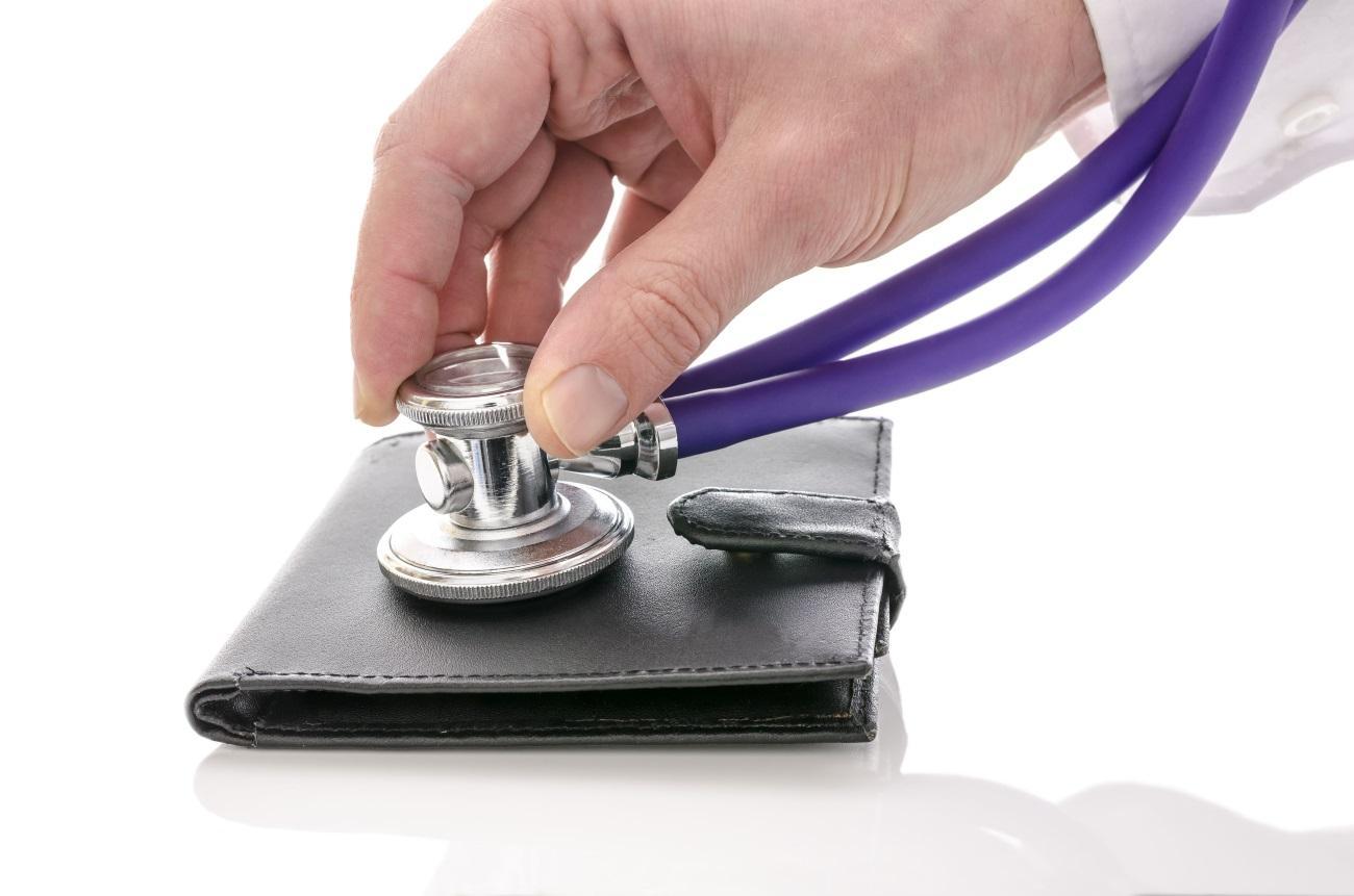 Зарплаты врачей оказались ниже, чем обещали Путин и Минздрав