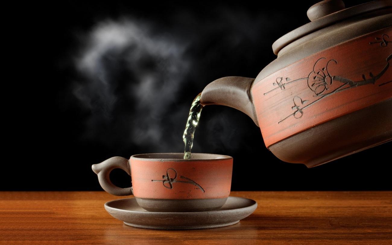 При определенных условиях чай повышает риск развития рака пищевода