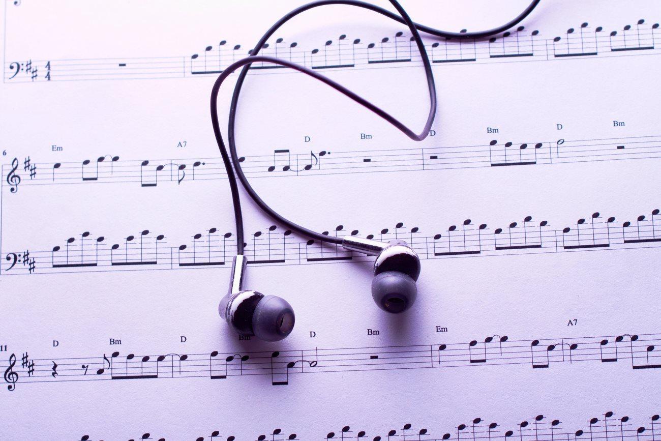 Музыкальная терапия при болезни Альцгеймера и деменции