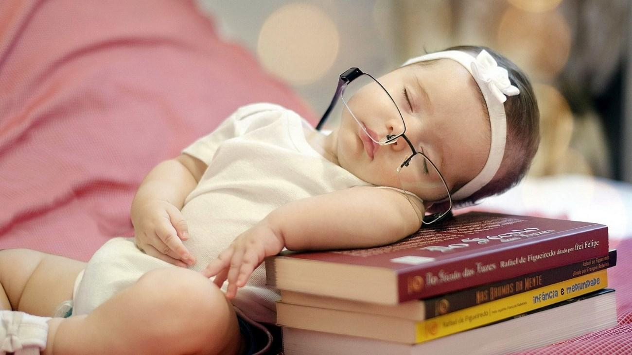 На оптимальную продолжительность здорового сна повлияли «гены всего»