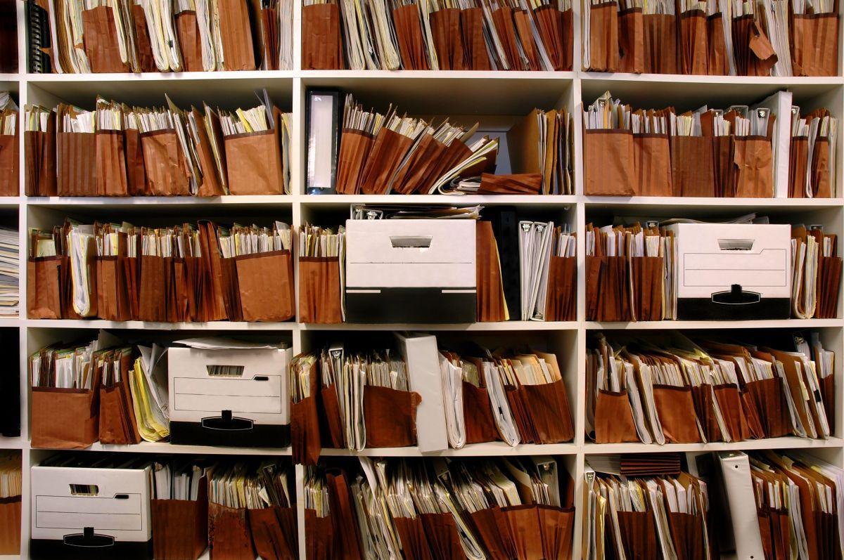 опекунам и усыновителям детей-сирот упростили процедуру подачи документов