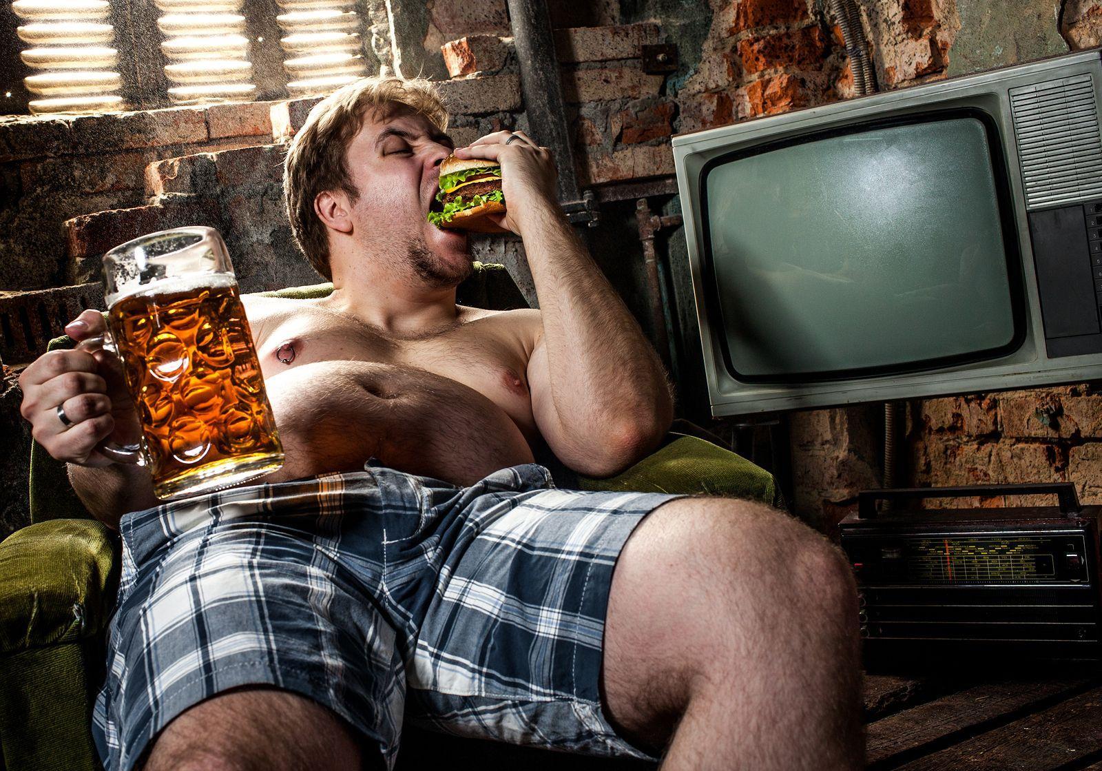 россияне стали мало пить, но начали быстро толстеть