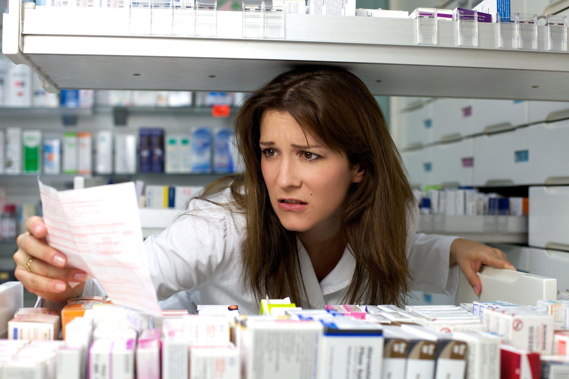 В России может закрыться половина аптек из-за лекарств в супермаркетах