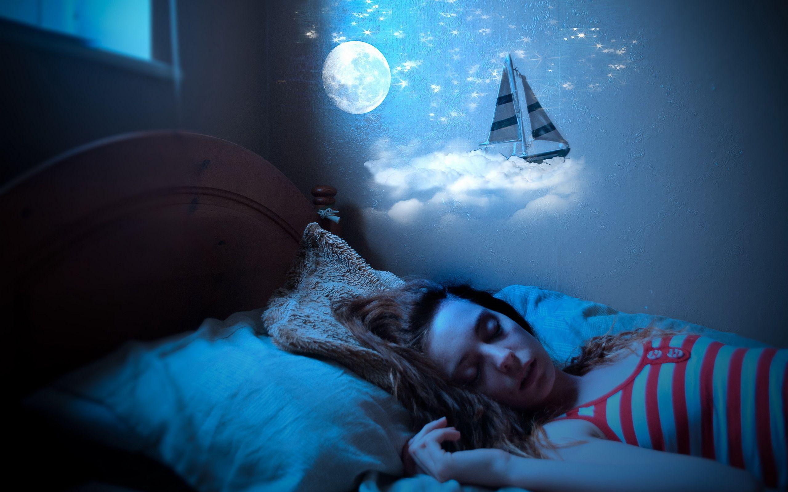 Человек проводит треть жизни «нигде». Зачем мы спим?