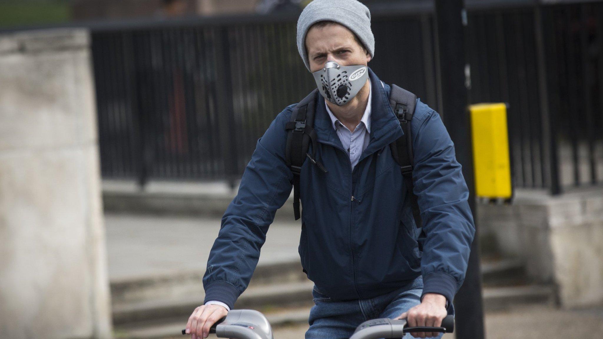Грязный воздух портит общественную мораль
