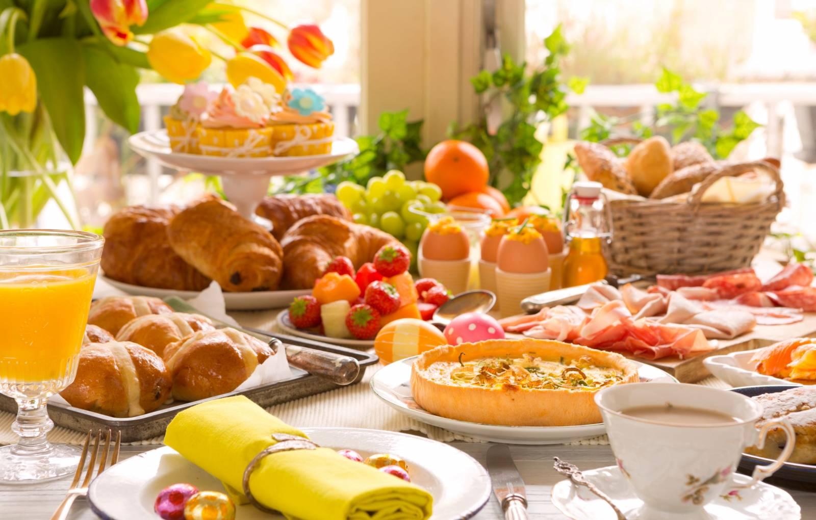 Высококалорийный завтрак способствует похудению