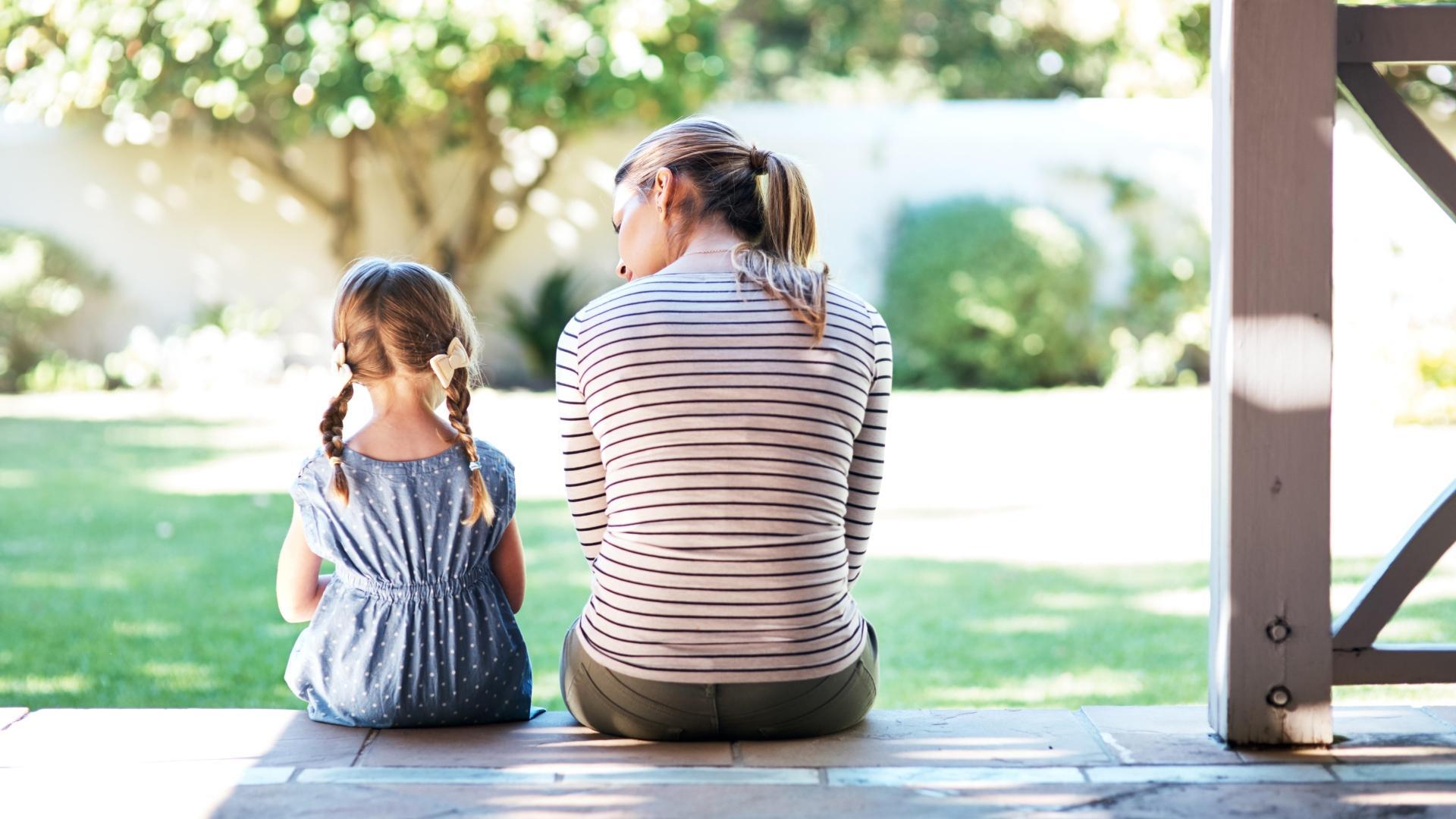 Равный разговор со взрослым меняет формирующийся мозг ребёнка