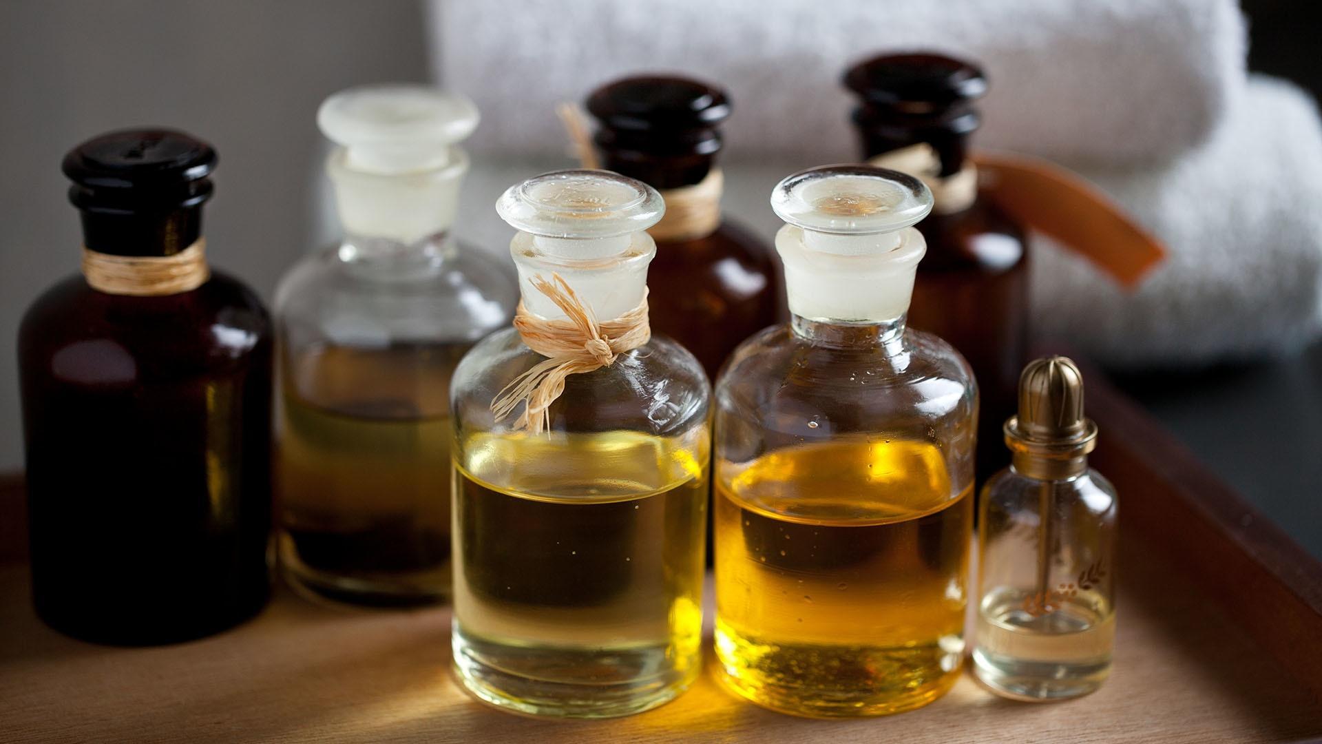 Эфирные масла могут стать причиной аномального роста груди у юношей