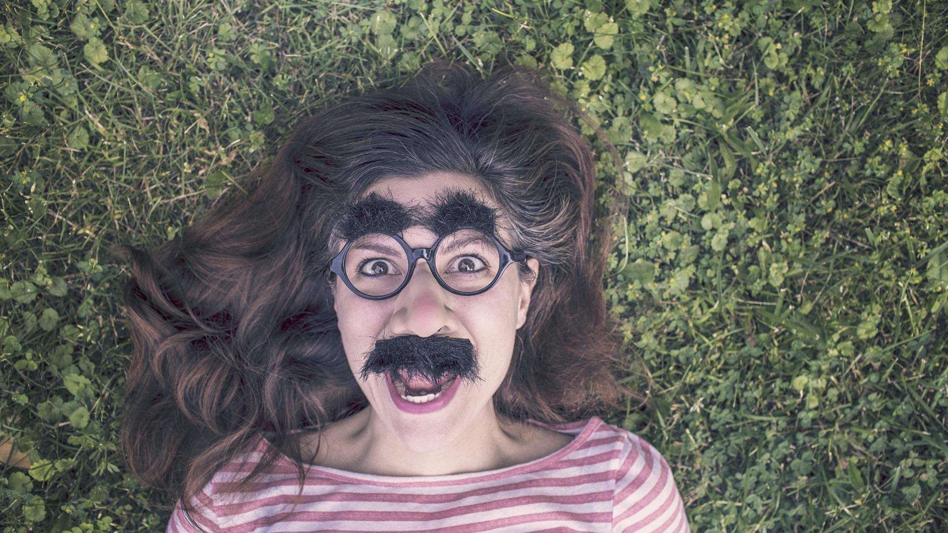 Люди с отталкивающей внешностью зарабатывают намного больше симпатяг