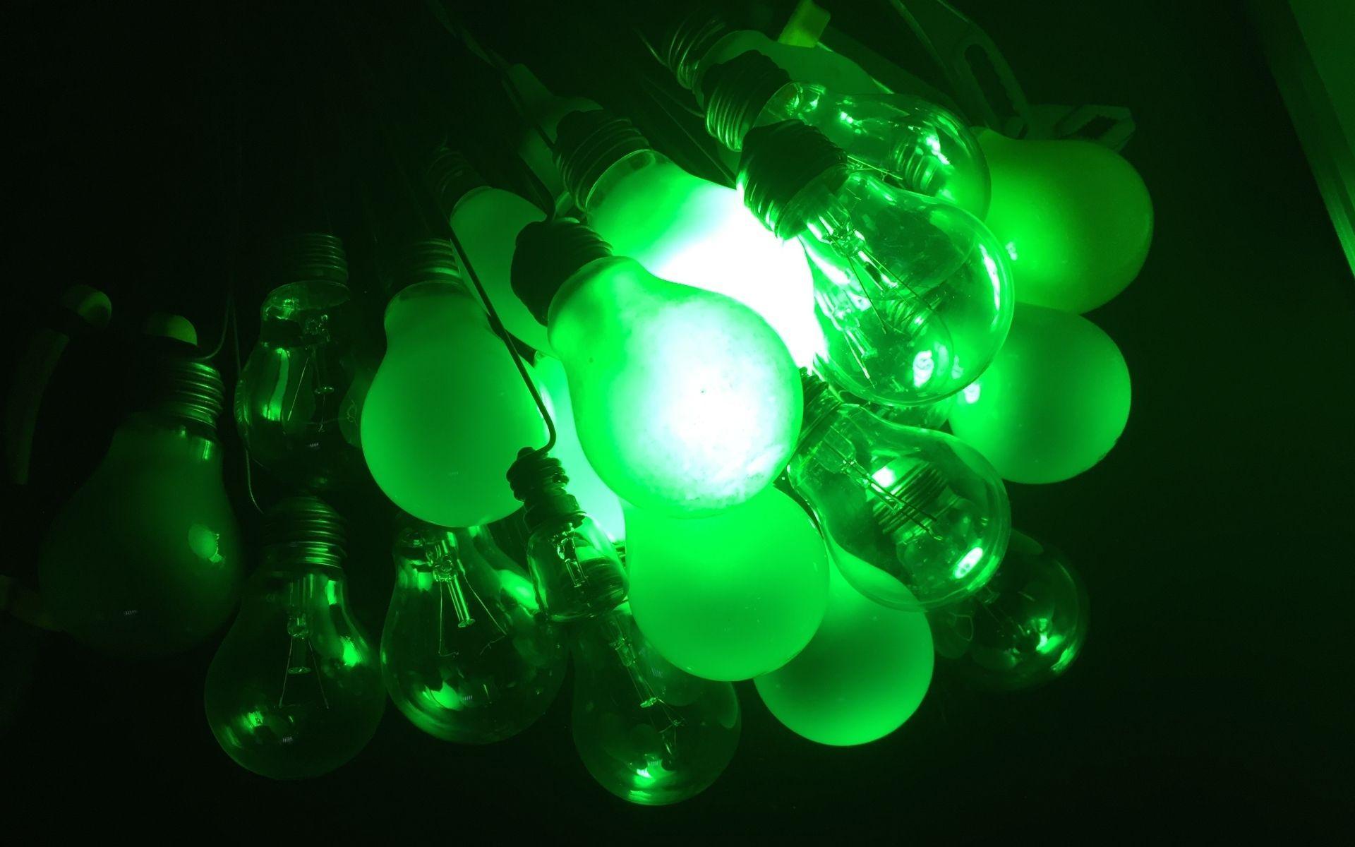 Мигрень предложили лечить зеленым светом