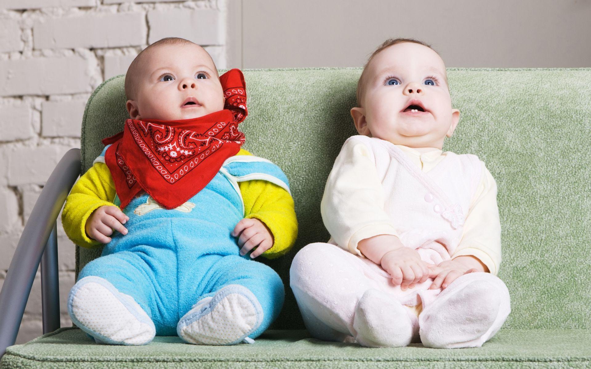 Нисходящее внимание помогло младенцам найти лицо в геометрических фигурах