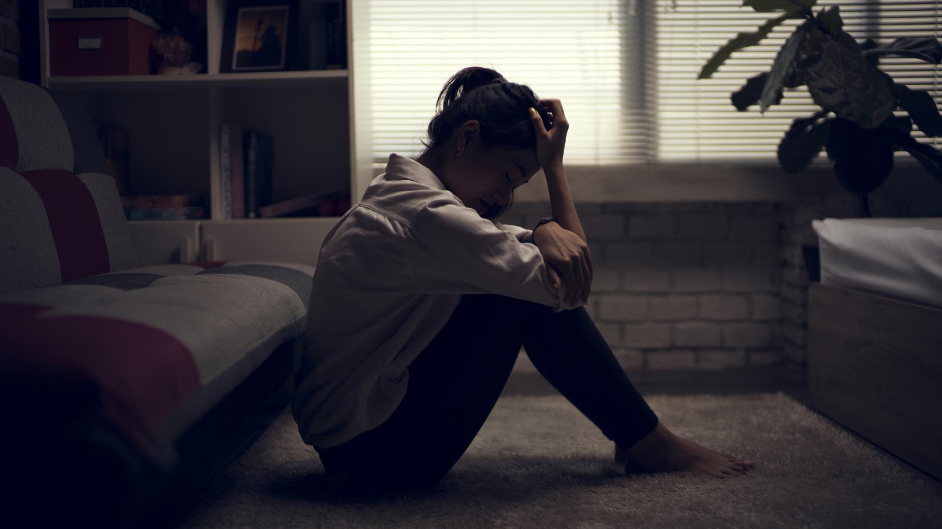 Метаанализ подтвердил связь одиночества с риском инфаркта и инсульта