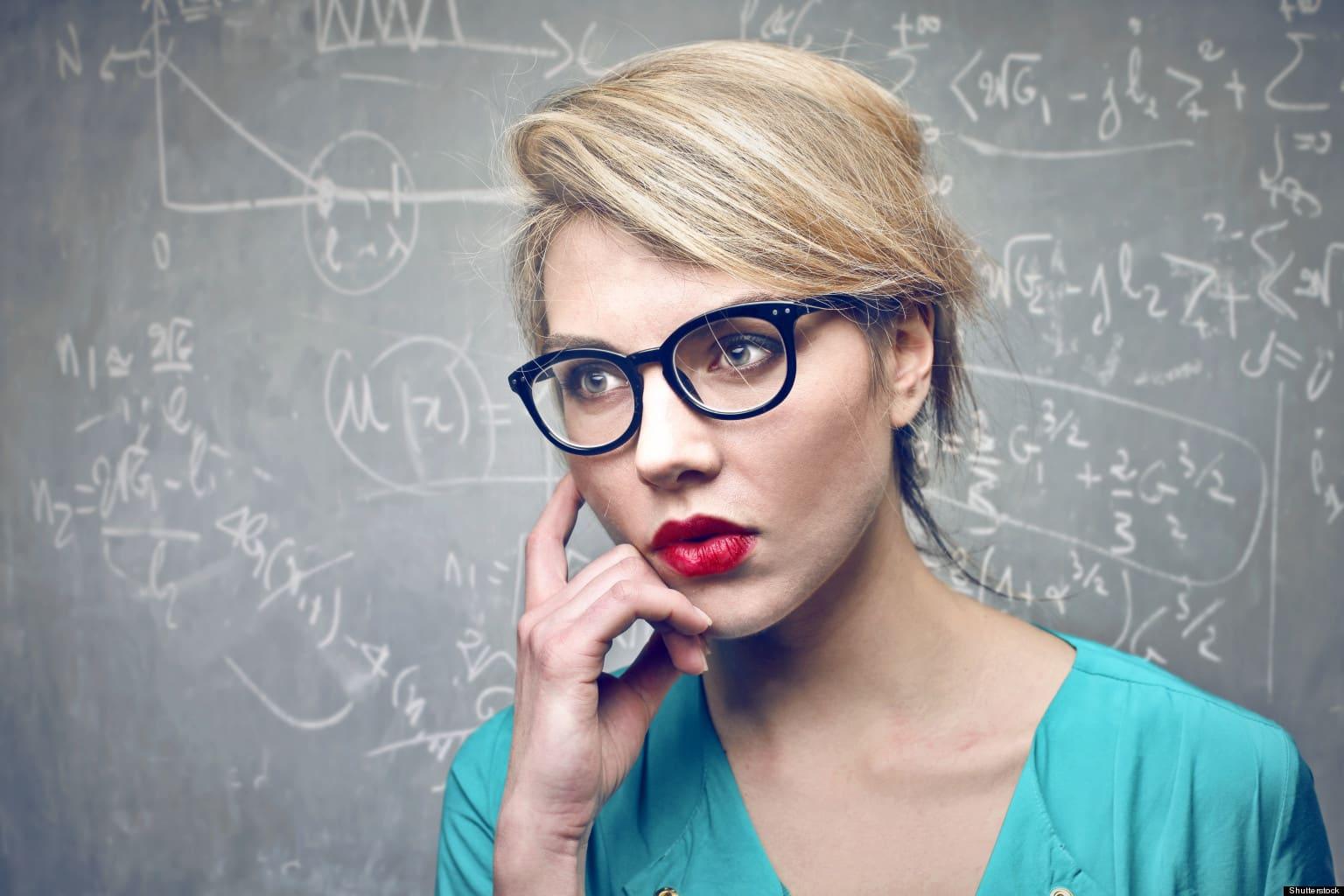 очки являются показателем высокого интеллекта