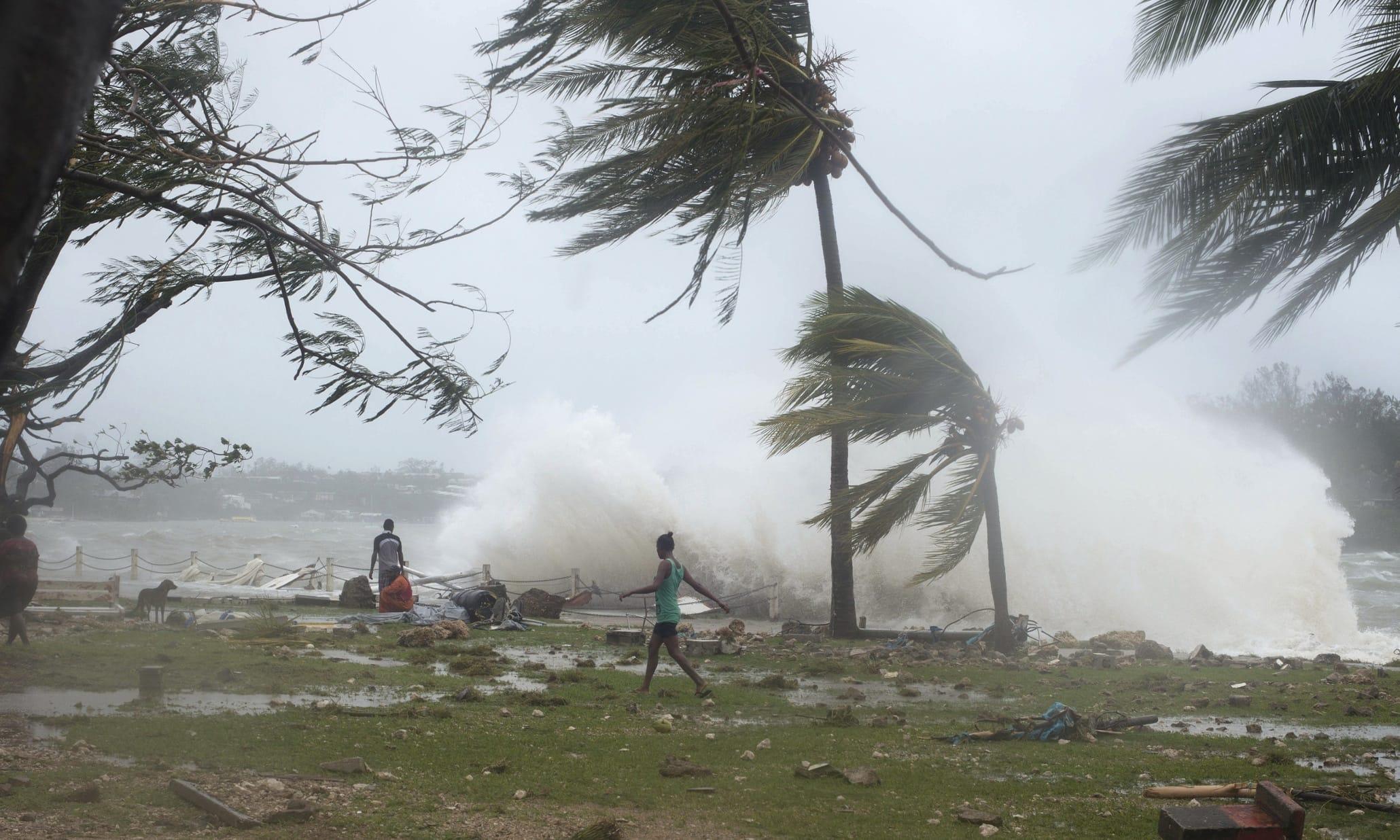 Тропические циклоны замедлились