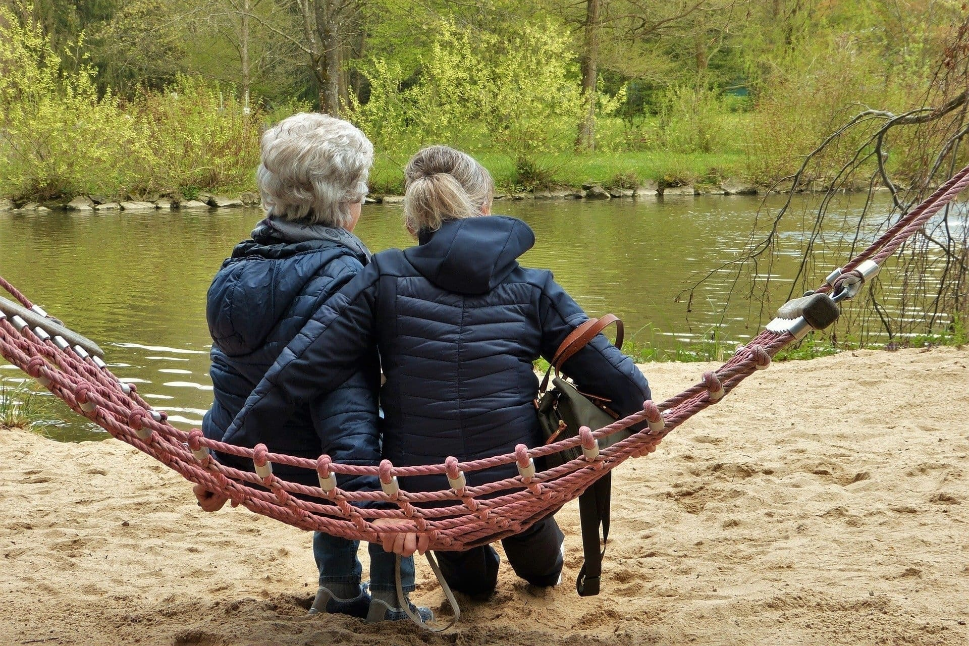 Риск деменции предсказали по возрасту, полу и генотипу