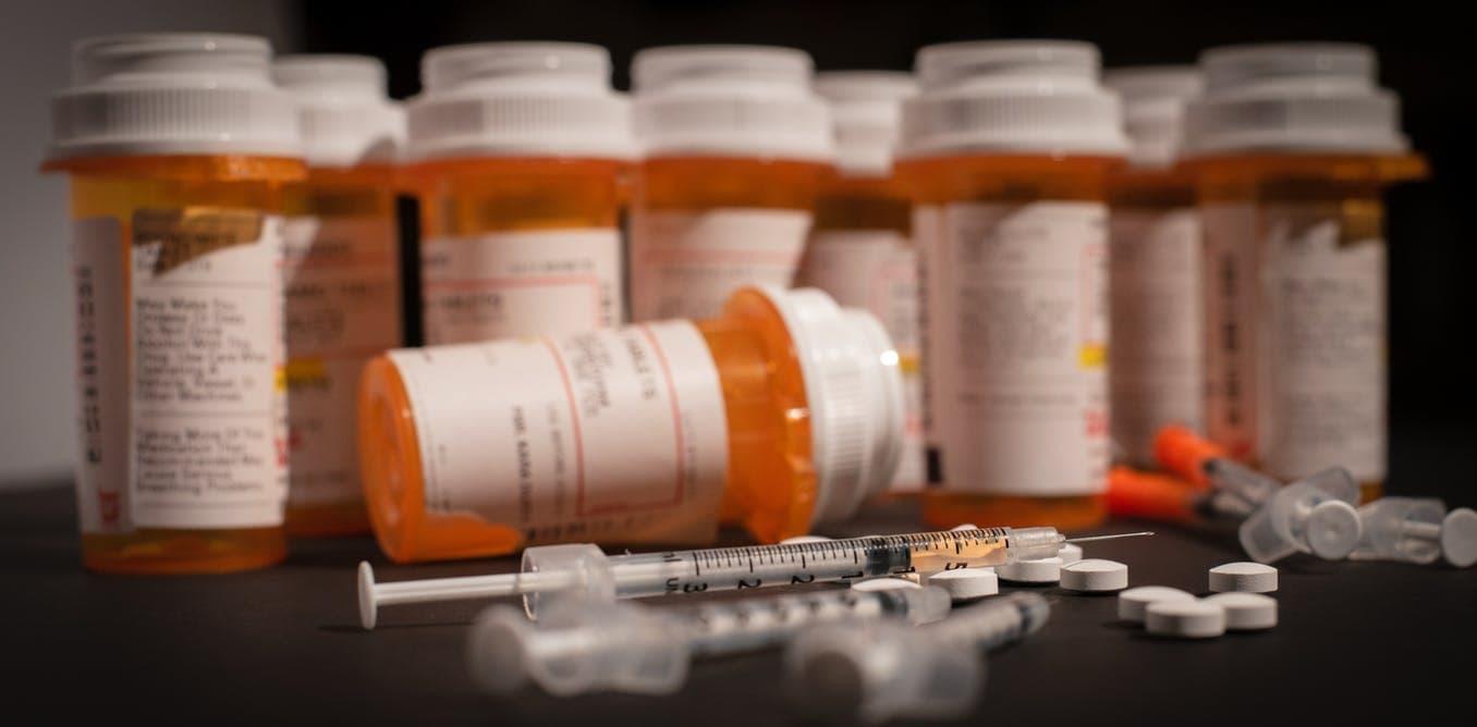 Древний ретровирус склонил людей к употреблению наркотиков