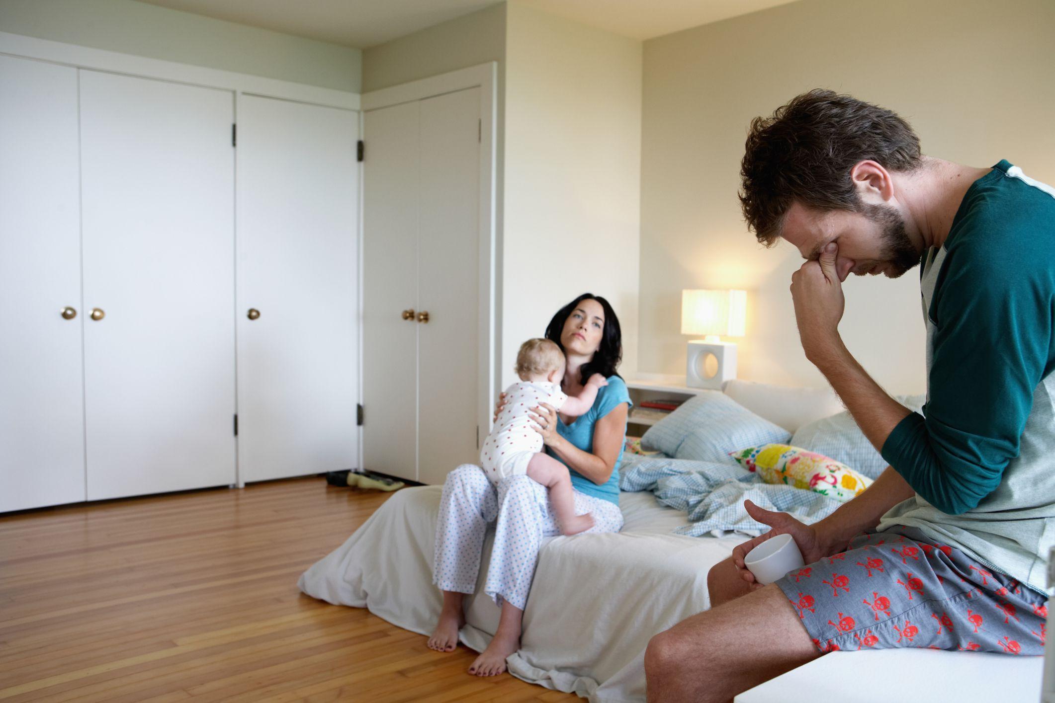 Послеродовая депрессия у отцов повысила риск возникновения депрессии у их дочерей