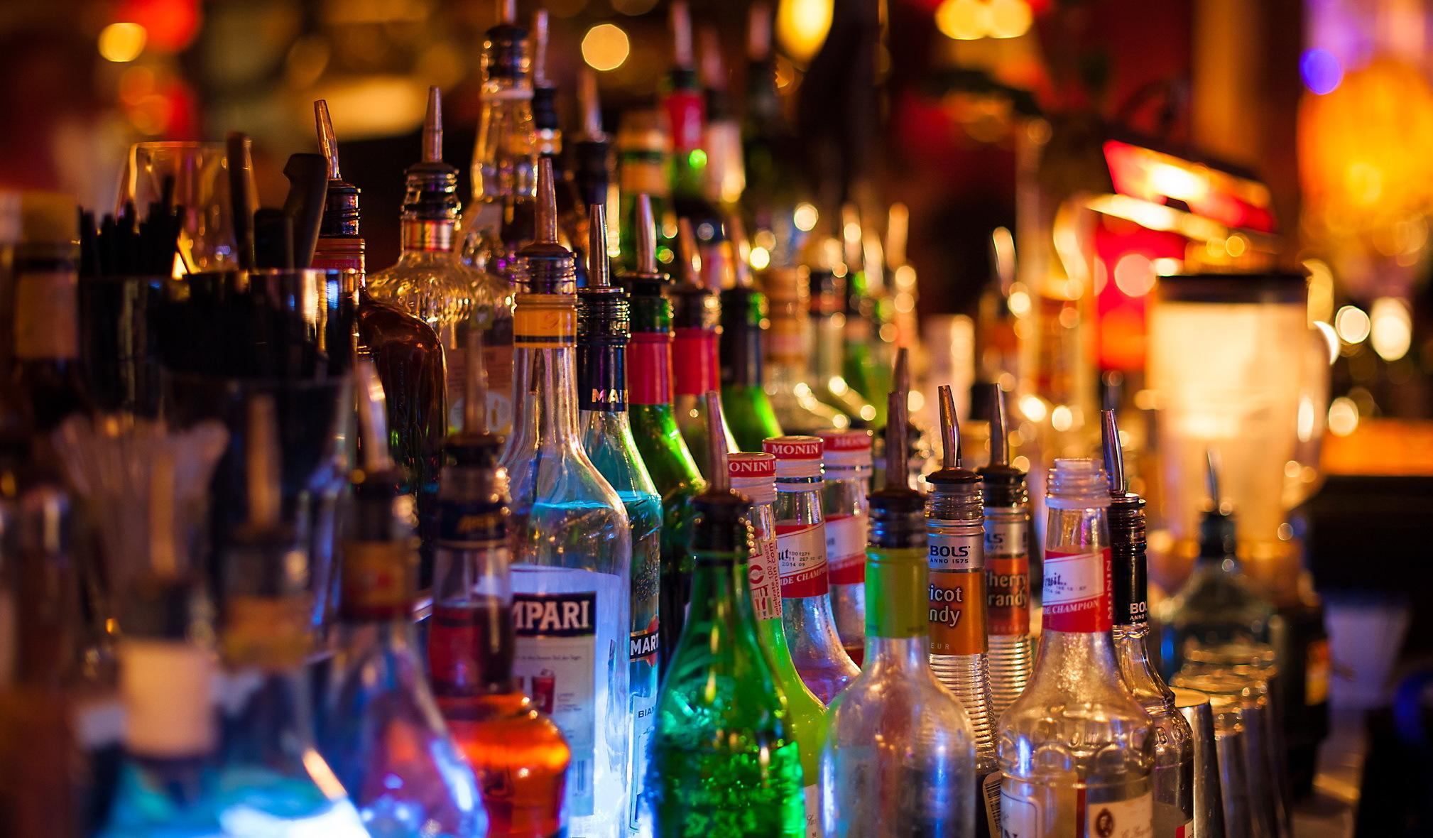 Вызывает ли алкоголь мигрень?