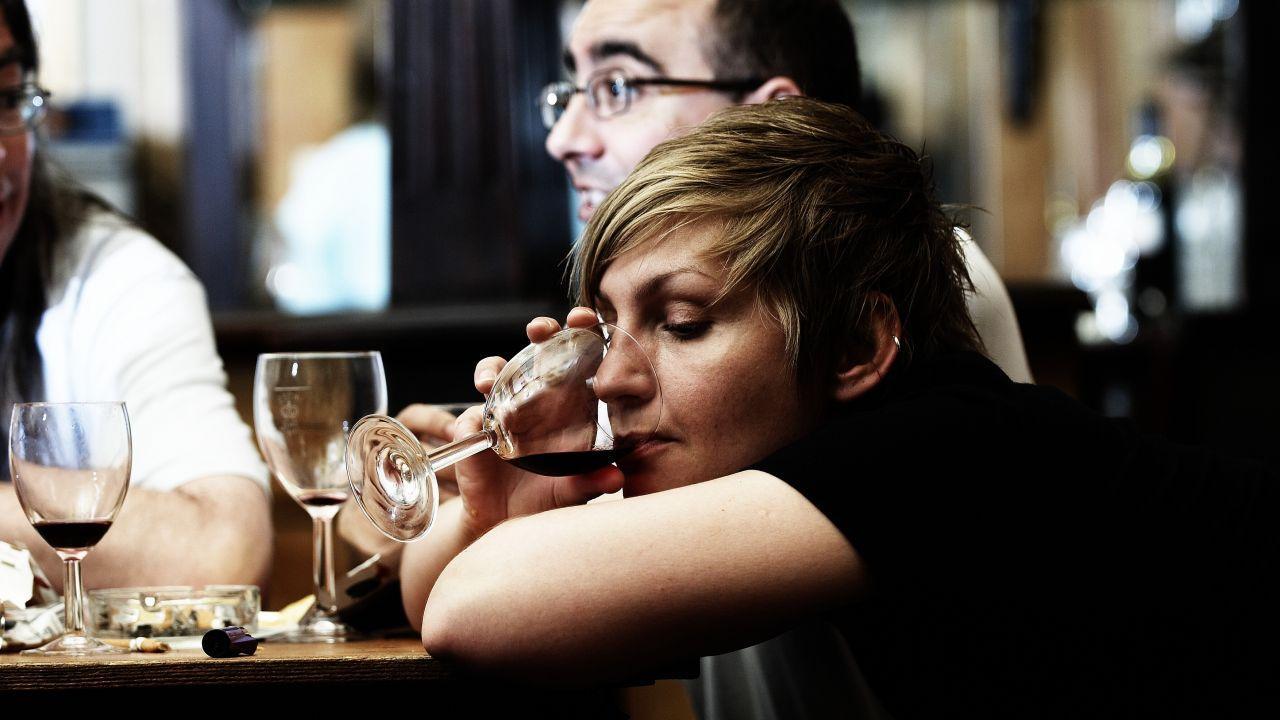 Желание выпить увеличивается из-за изменения ДНК под действием алкоголя