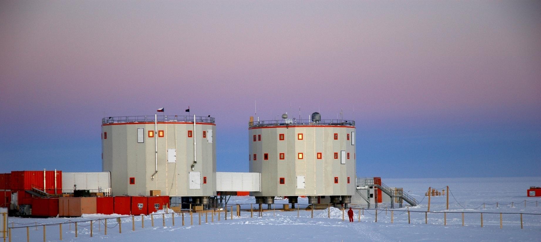Почему в Антарктиде могут впадать в состояние «психологической гибернации»?