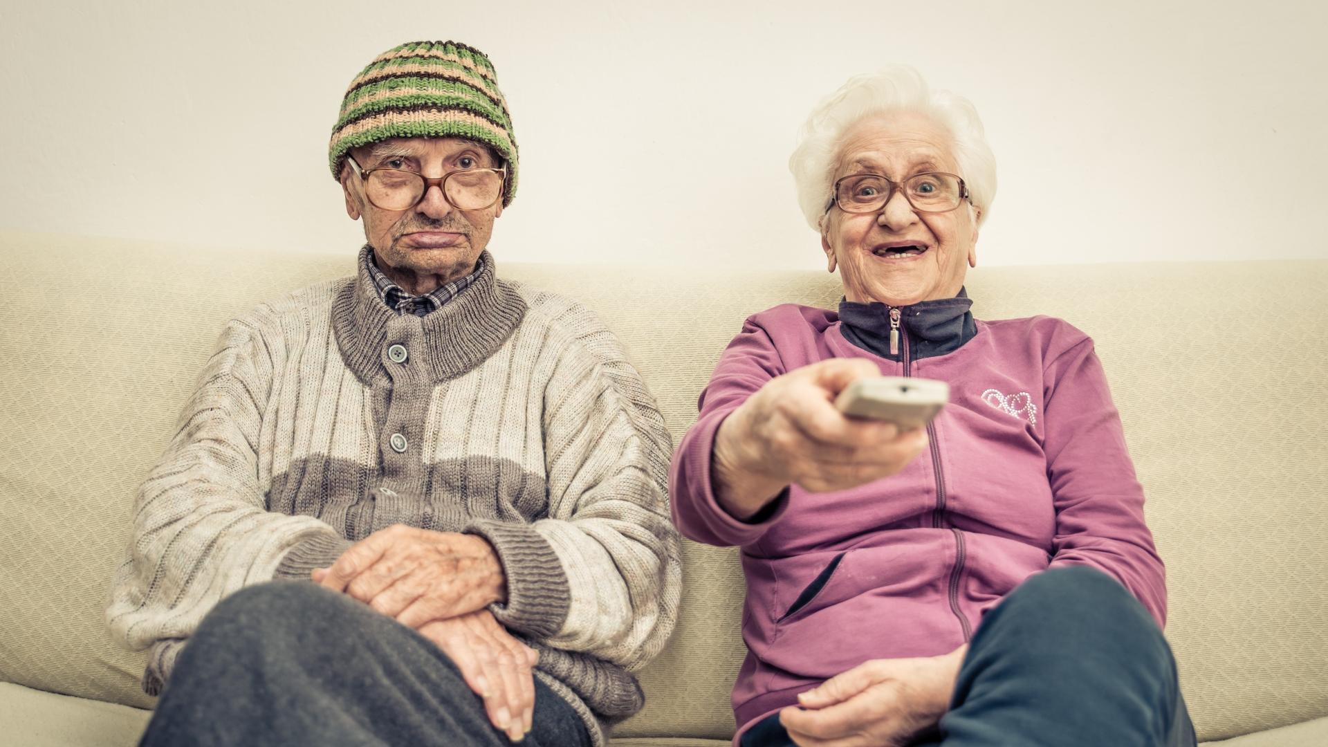 Престарелые любители телевизора отличились плохой памятью