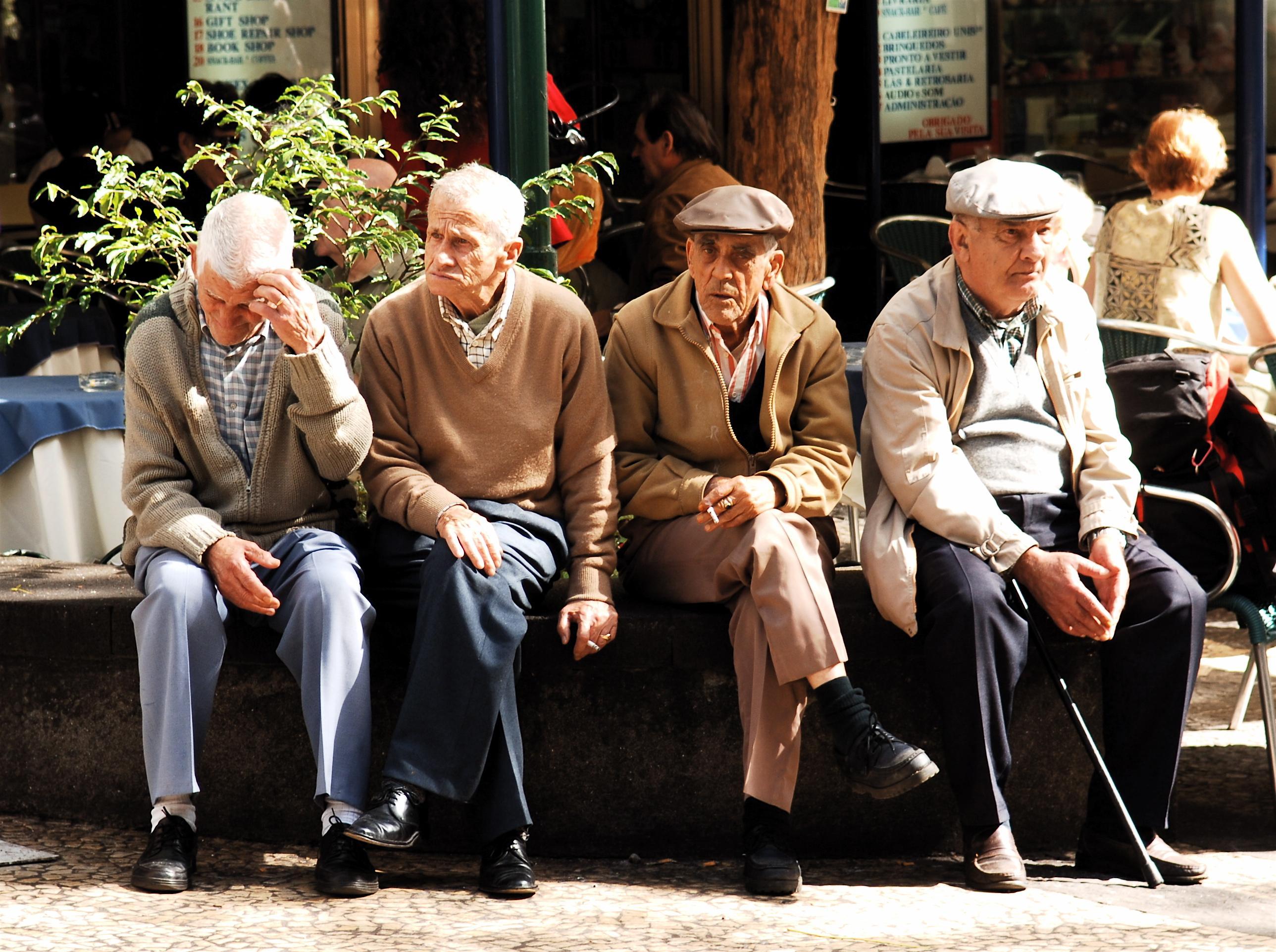 Уничтожение дряхлых клеток для замедления старения — тест на людях