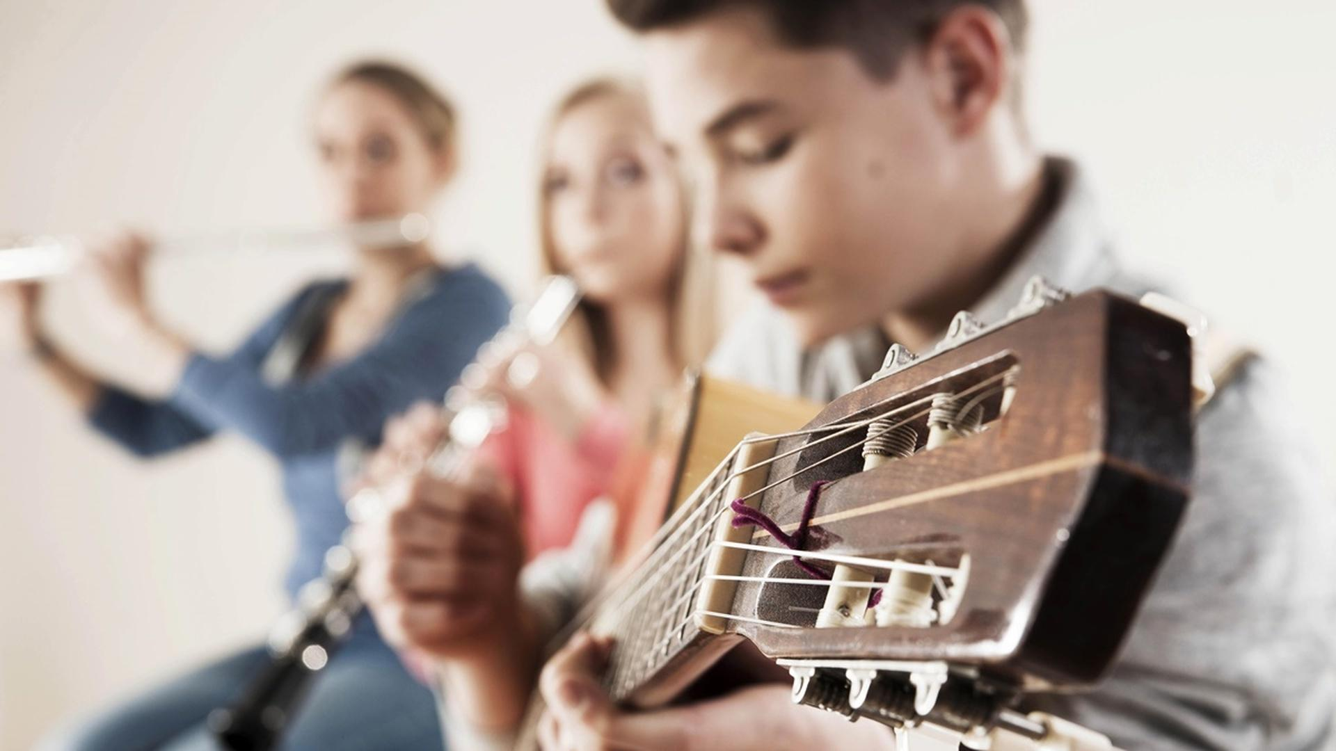 Как творчество влияет на успеваемость школьников