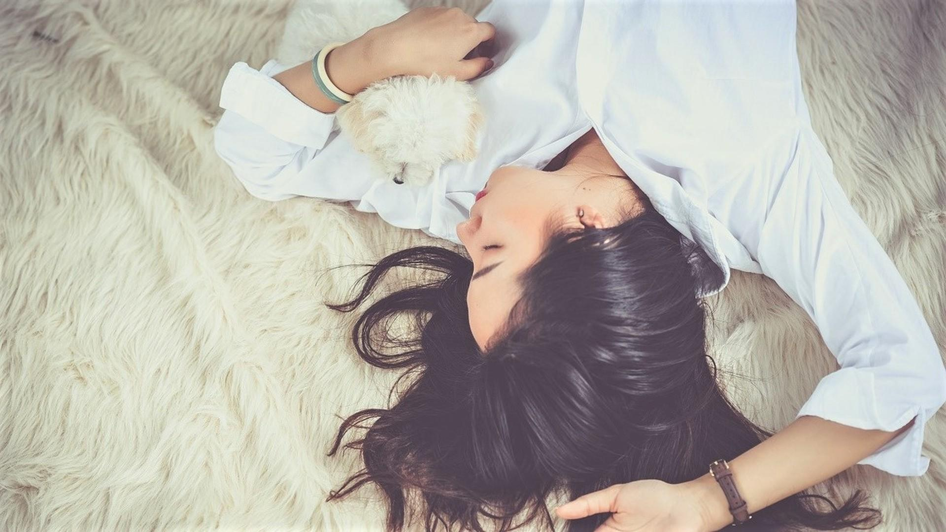 Нейробиологи открыли 19 микростадий человеческого сна