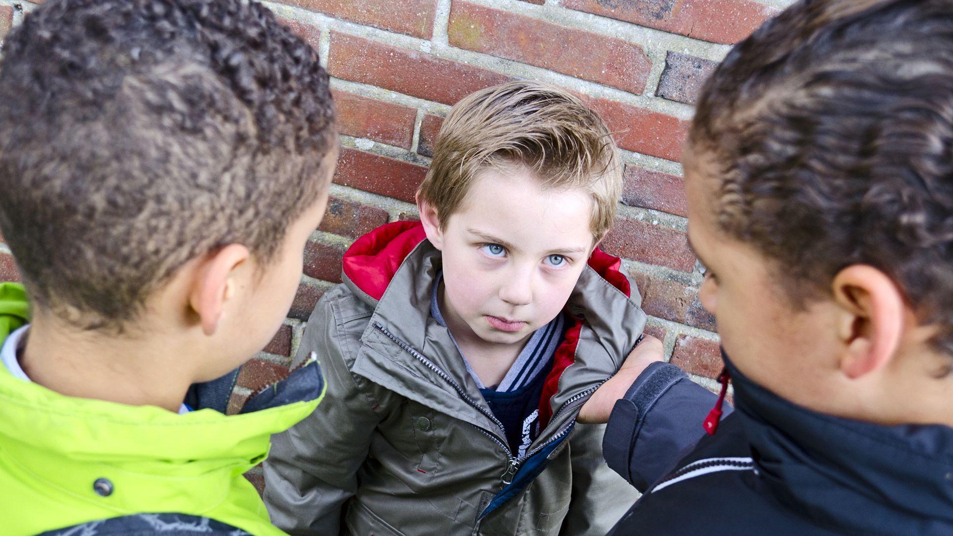 В жестокости подростков виноват недосып?