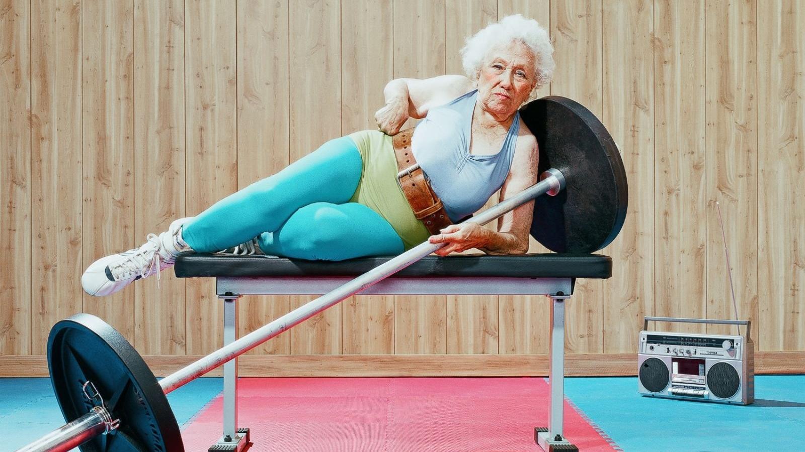 Потерю веса назвали опасной для пожилых женщин