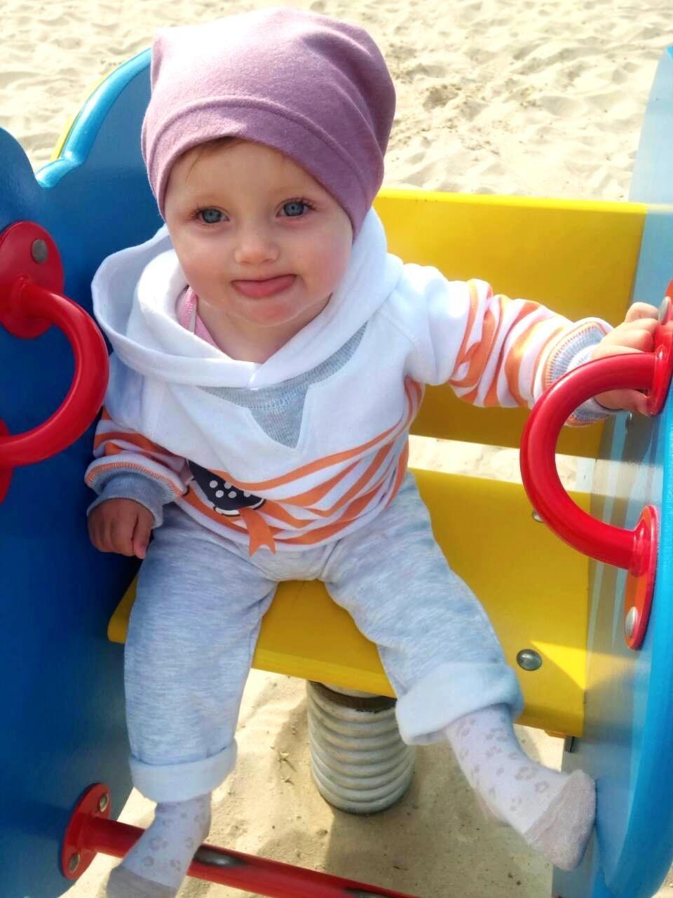 «Если есть хоть один шанс спасти ее, я все сделаю...» У трёхлетней Даши Назарук прогрессирует рак обоих глаз