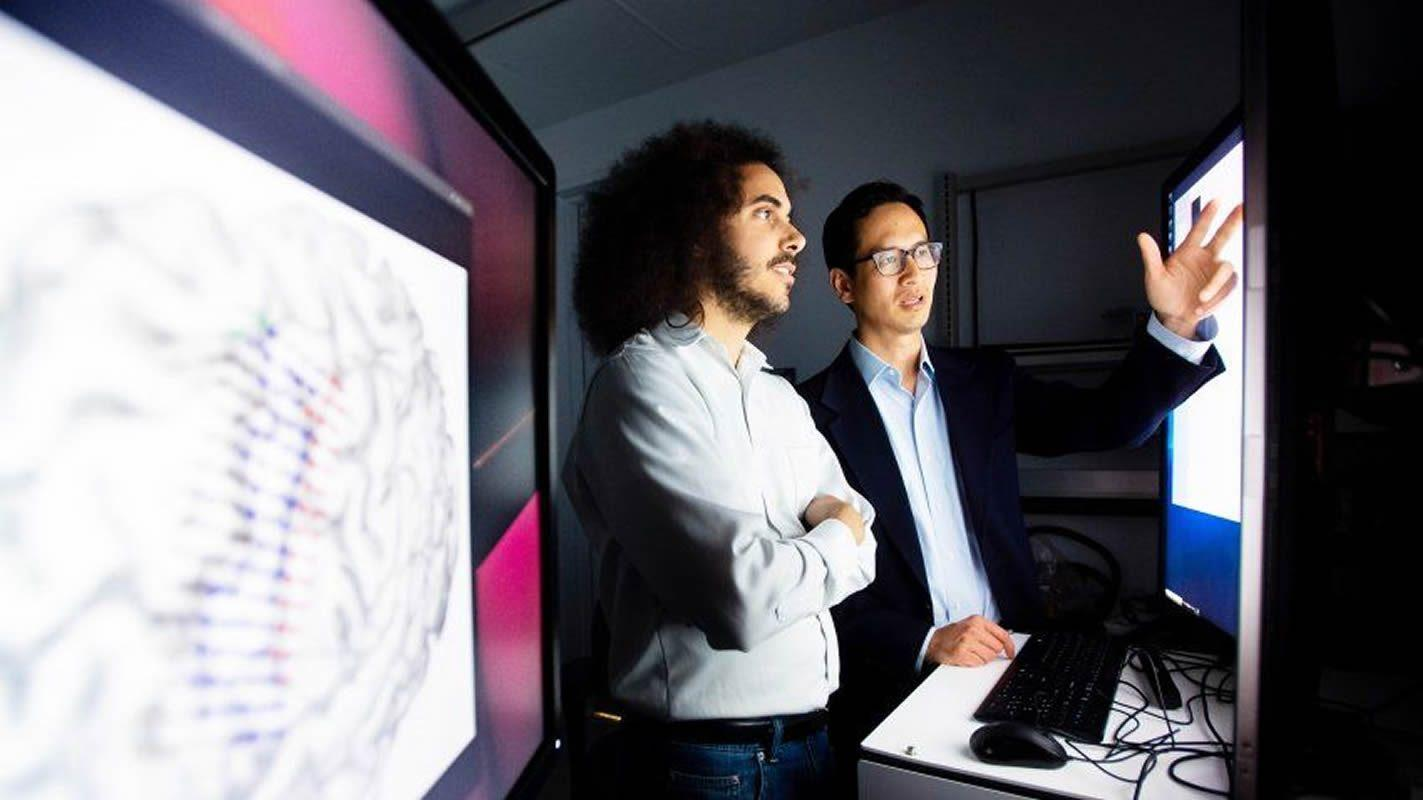 Ученые перевели сигналы мозга в речь