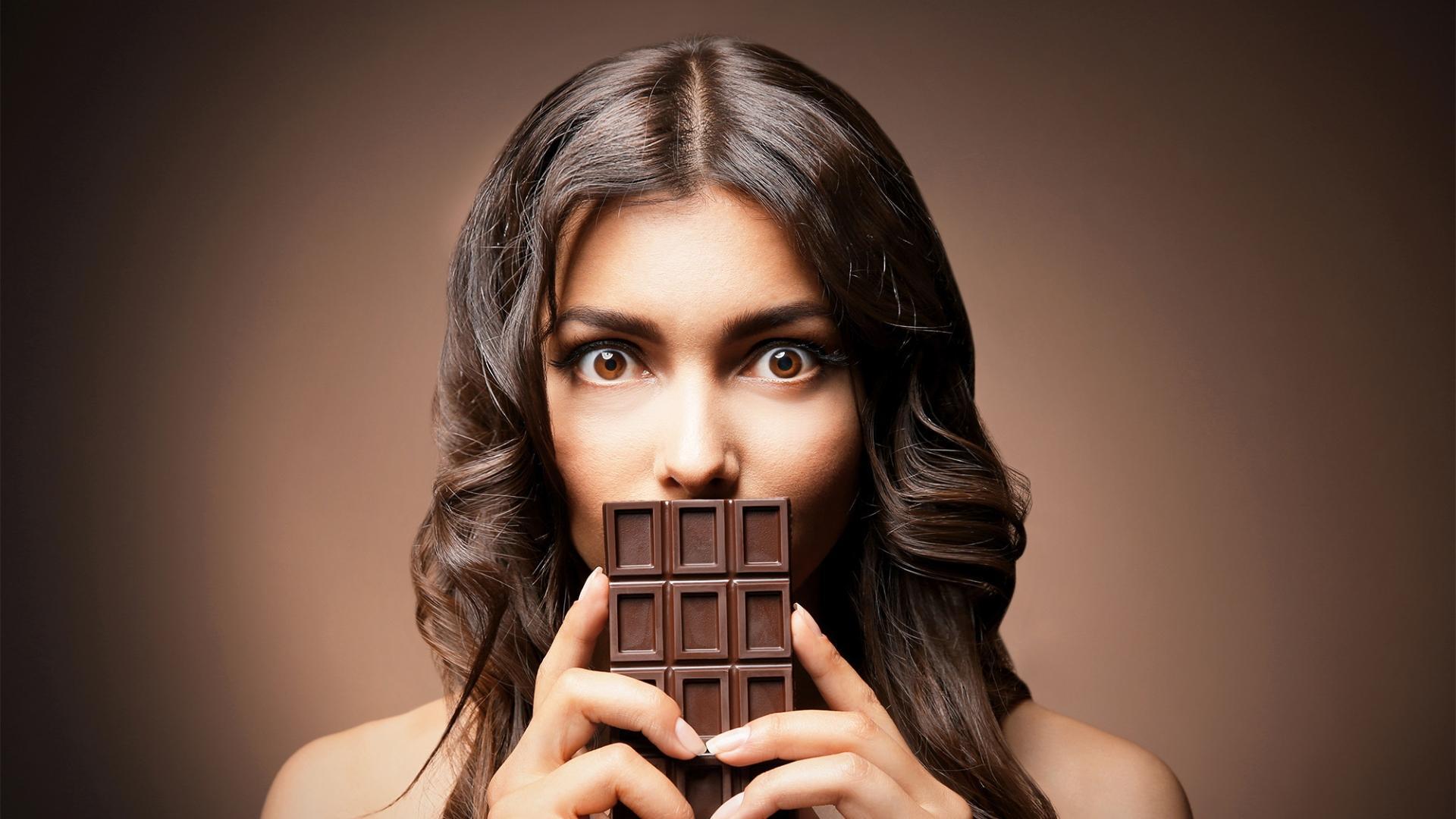 Учёные скептически оценивают миф о корреляции между употреблением шоколада и симптомами депрессии