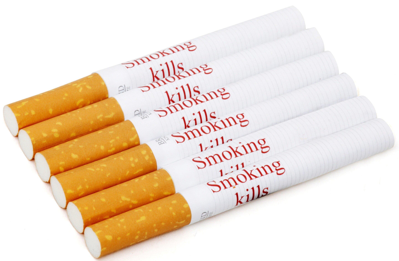 Напечатанные на каждой сигарете предупреждения об опасности могут помочь в борьбе с курением