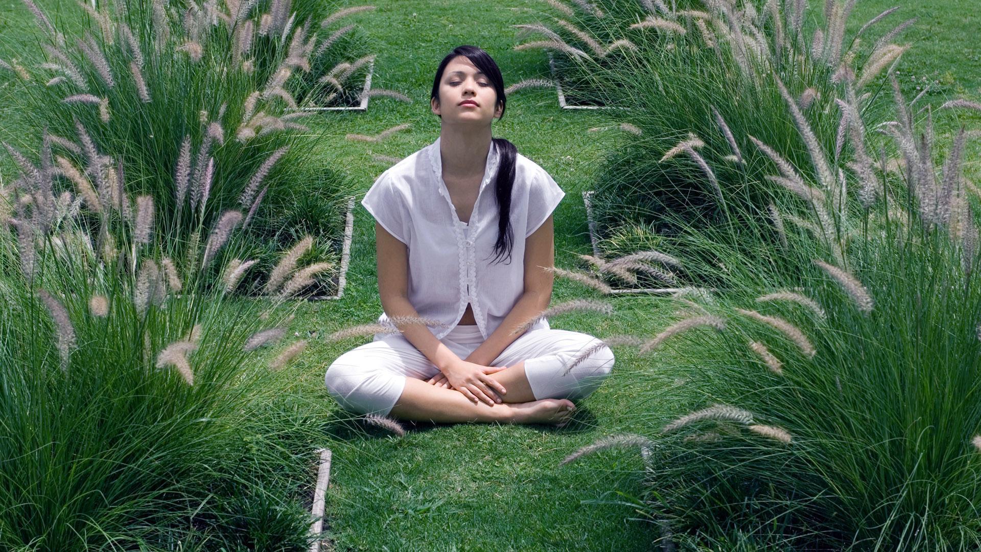 Как улучшить мозг. Выпуск 12. Медитация: может ли отчуждённость объединяться с эмпатией?