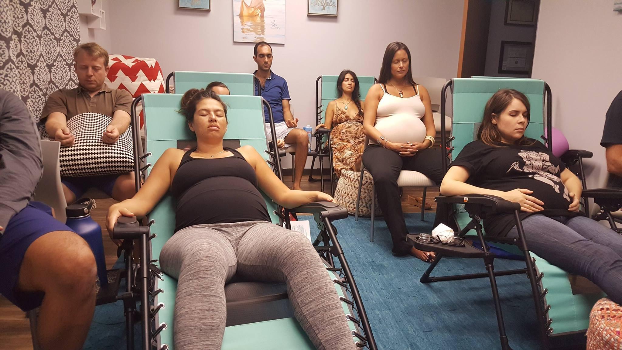 Курсы для беременных действительно повышают шансы на благополучные роды