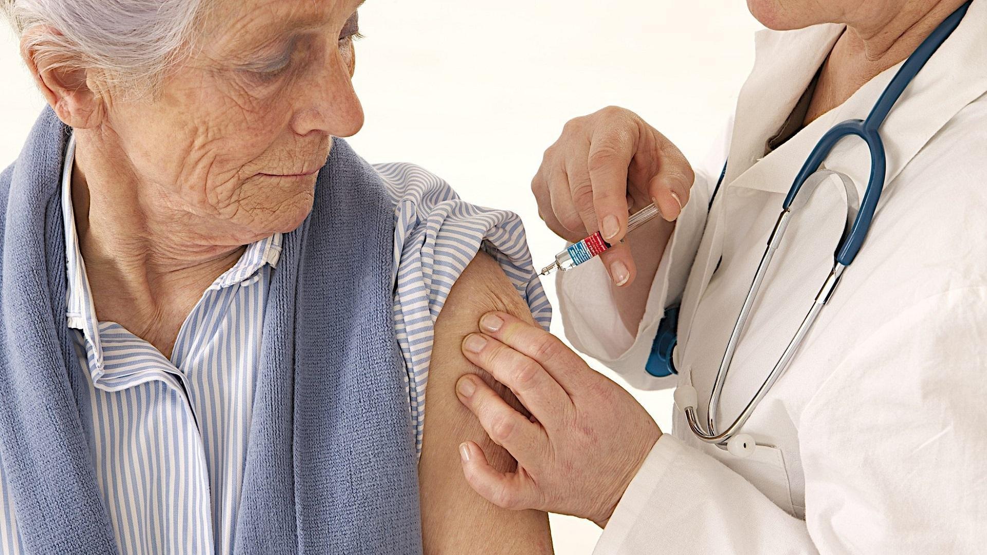 Вакцина от болезни Альцгеймера успешно опробована на грызунах