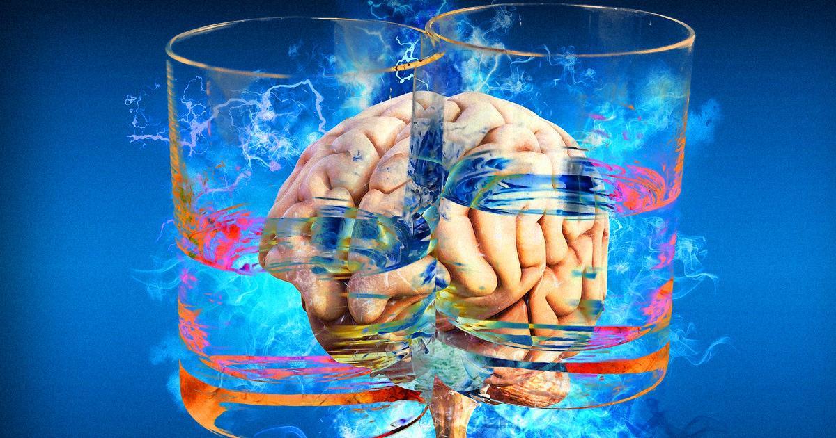 Если вы краснеете от алкоголя, для вас выпивка может способствовать развитию болезни Альцгеймера