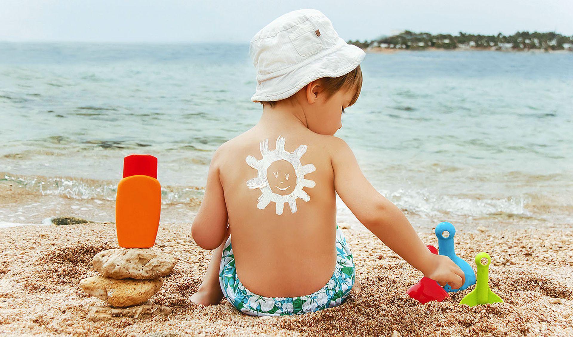 Перепроверили: химикаты из солнцезащитных средств проникают в кровь