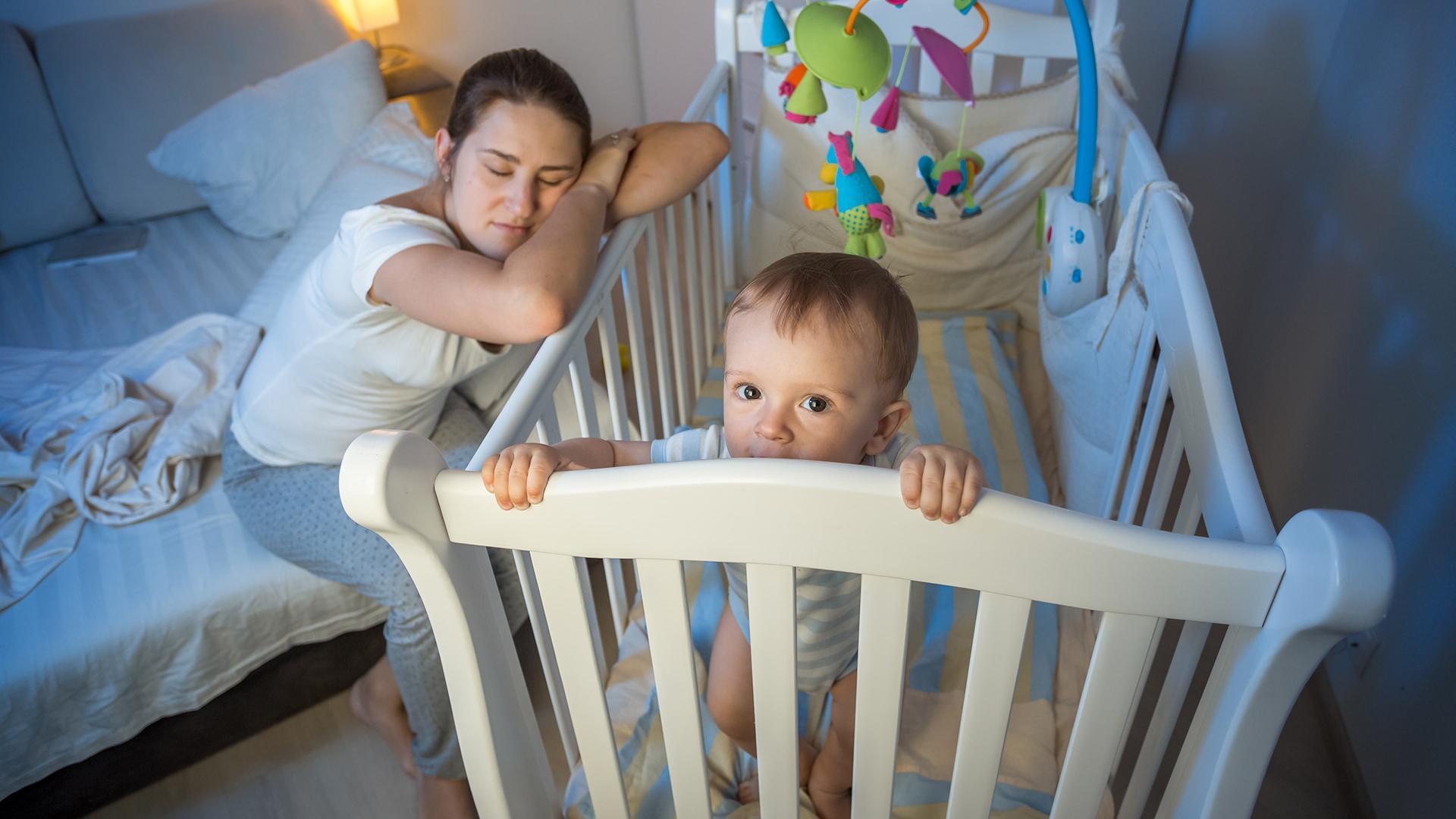 Маленький ребенок плохо спит? Это может быть нормой