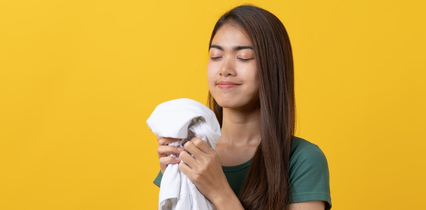 Запах любимого человека помогает уснуть, уверяют ученые