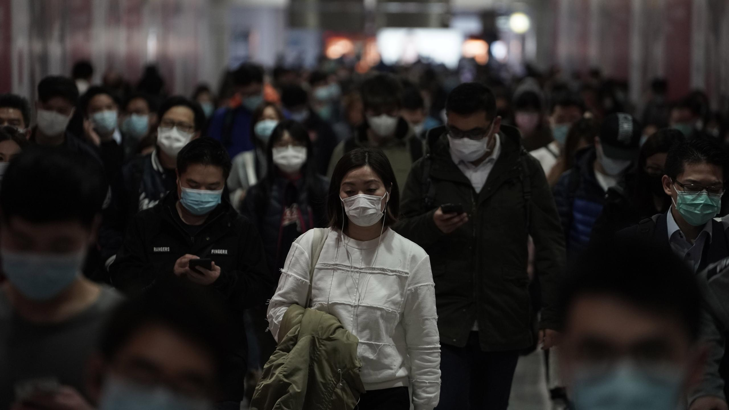 Как и когда закончится пандемия COVID-19?