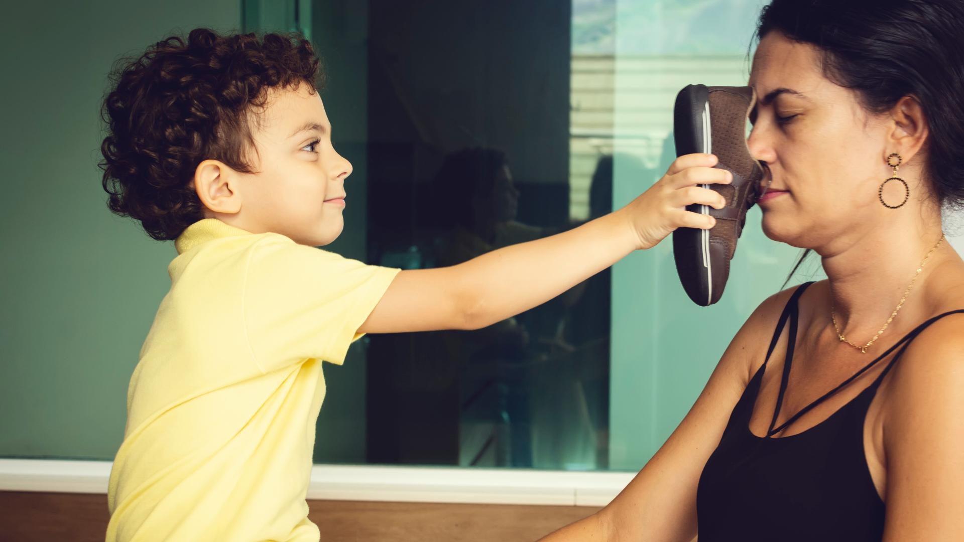Ученые объяснили роль запахов во взаимоотношениях матери и ребенка