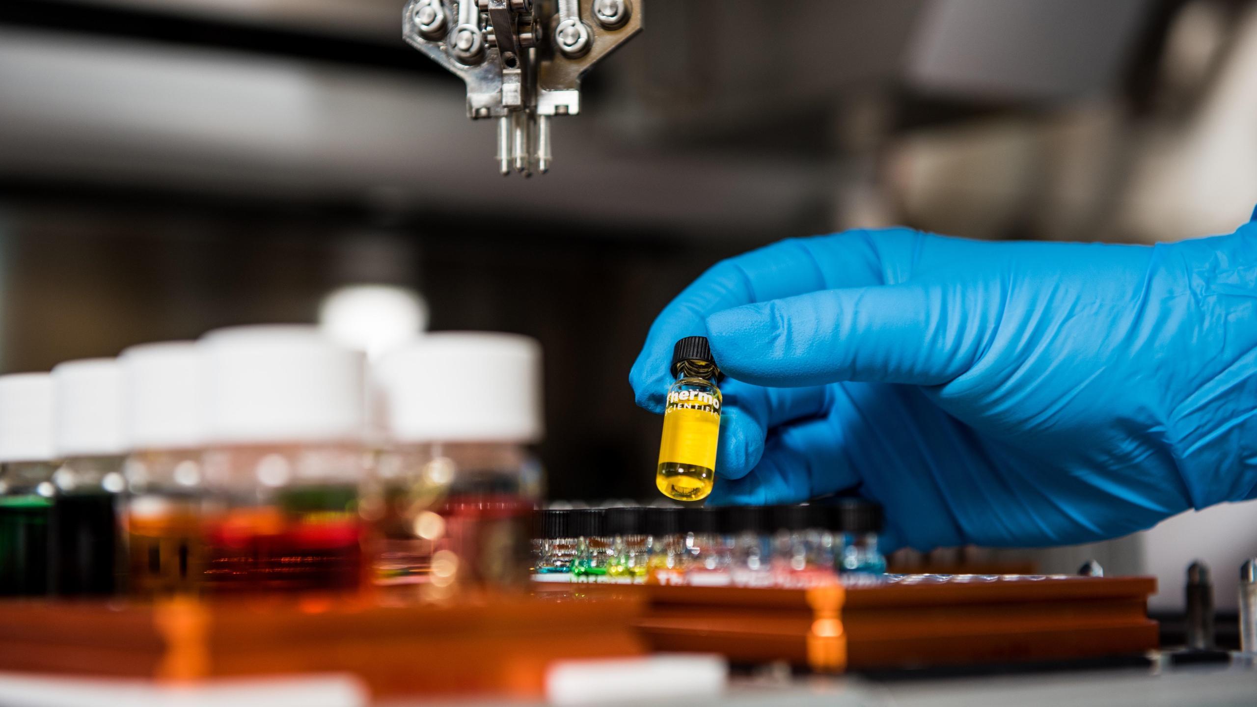 ВОЗ назвала лидеров гонки по разработке вакцин от COVID-19