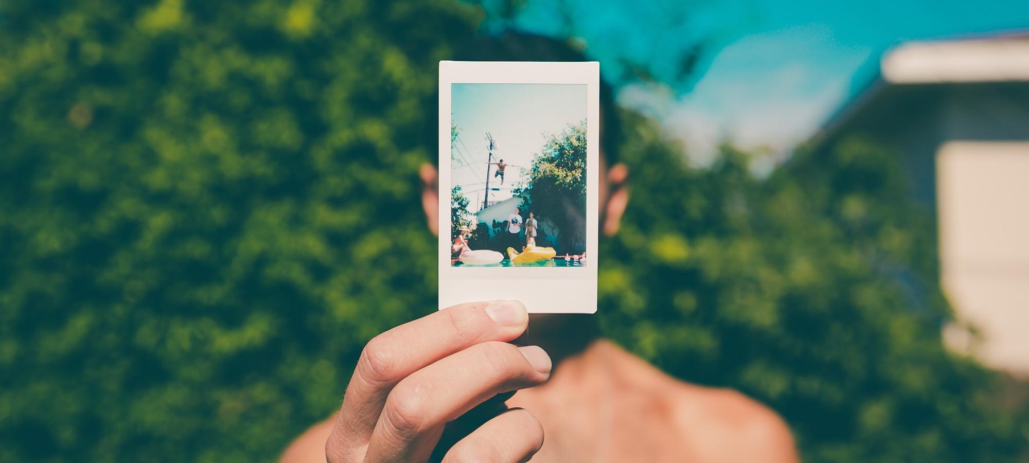 Люди поверили в ложные воспоминания других