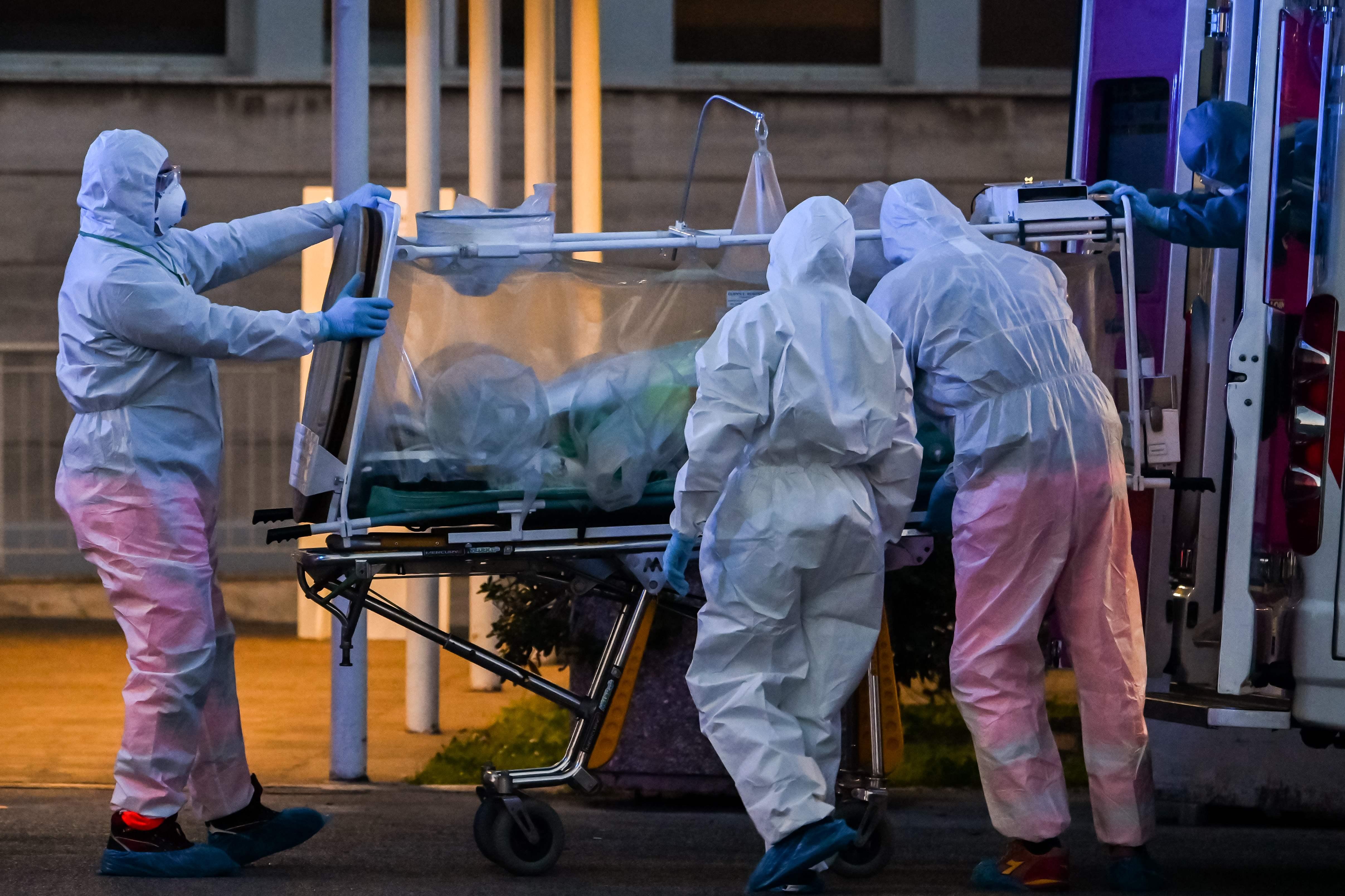 Новые расчеты показали, что в некоторых странах коронавирус может убить до 1% населения