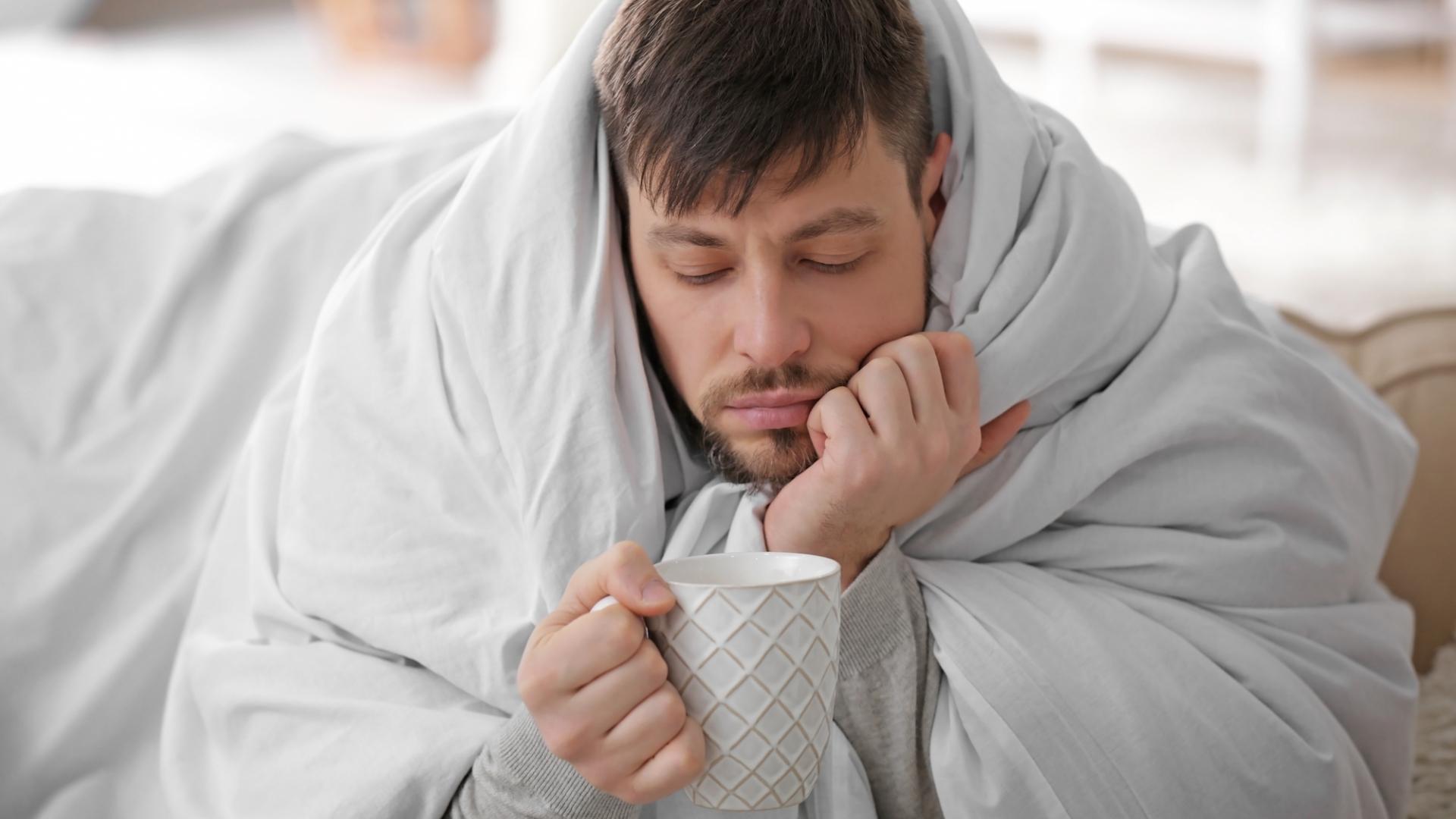 Почему мужчины болеют COVID-19 тяжелее, чем женщины?